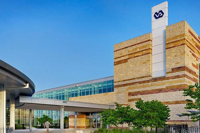 Austin-(TX)-VA-Outpatient-Clinic.jpg