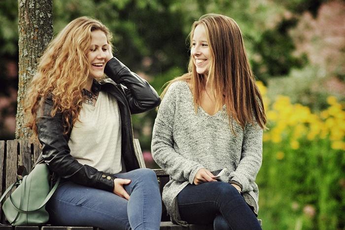 two-girls-talking.jpg